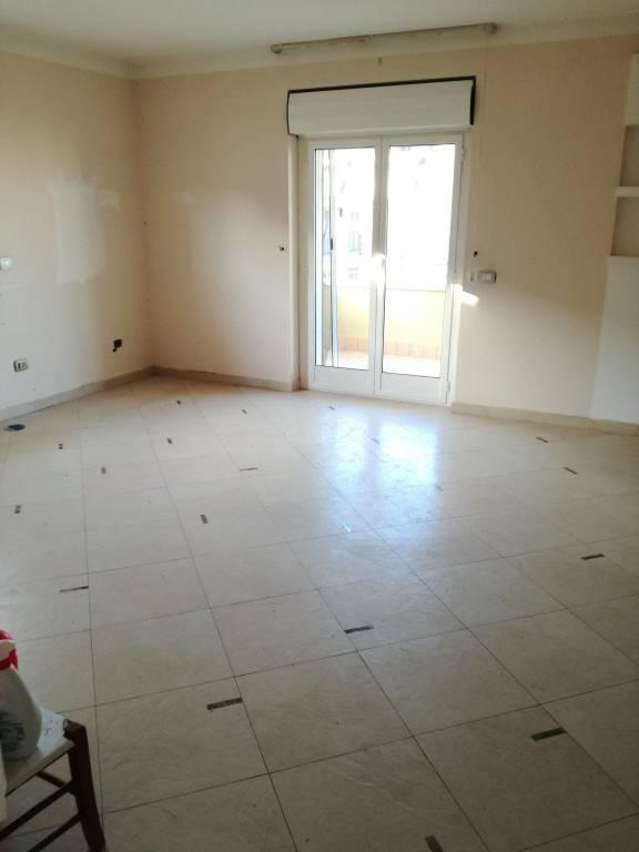 Appartamento in ottime condizioni in affitto Rif. 9014549