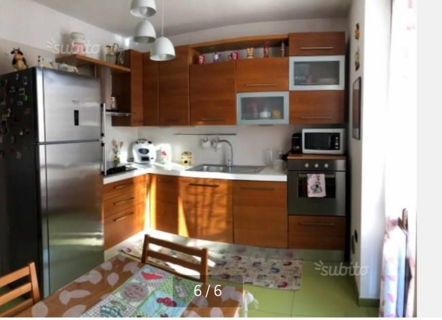 Appartamento in ottime condizioni arredato in vendita Rif. 9012395