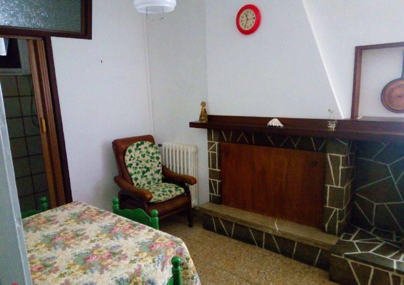 Appartamento in buone condizioni arredato in affitto Rif. 9054655
