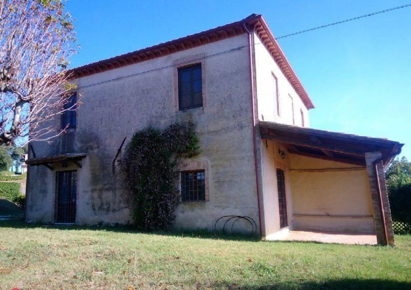 AME040 - Porzione di Casale Con Giarnino e Panorama