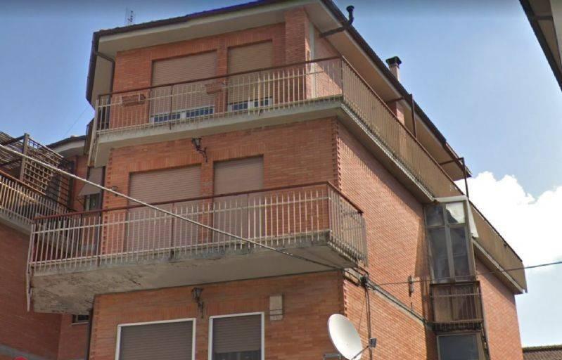 Appartamento in buone condizioni in affitto Rif. 9026619