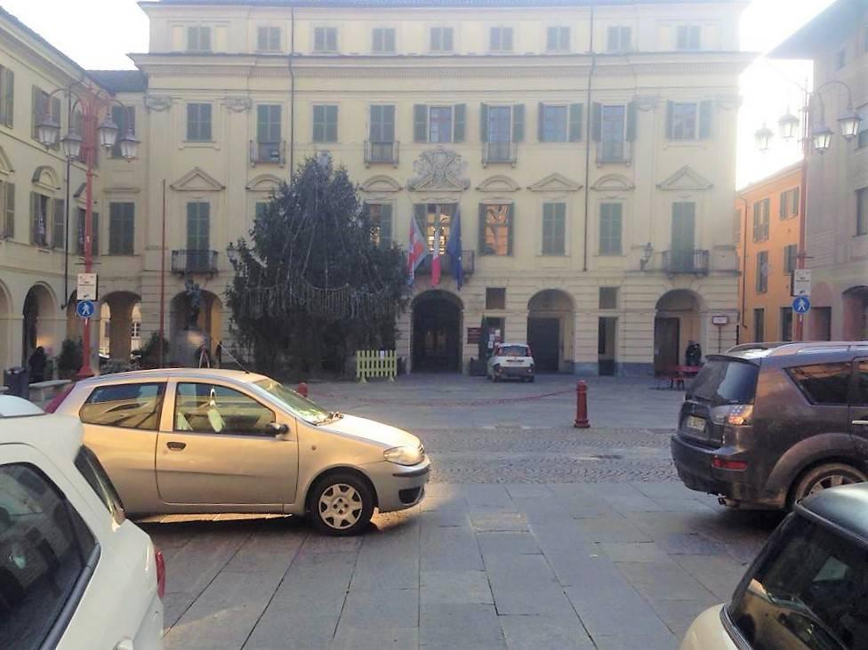 Attività / Licenza in vendita a San Damiano d'Asti, 2 locali, prezzo € 28.000 | PortaleAgenzieImmobiliari.it