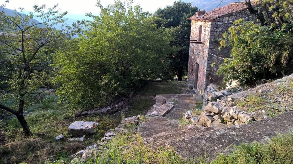 Rustico / Casale in vendita a Sonnino, 9999 locali, prezzo € 80.000   CambioCasa.it