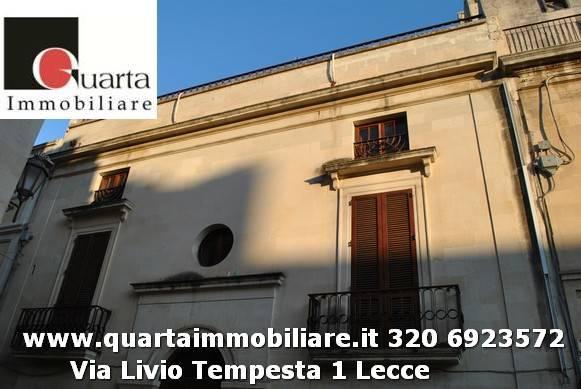 Appartamento in buone condizioni in affitto Rif. 9025759