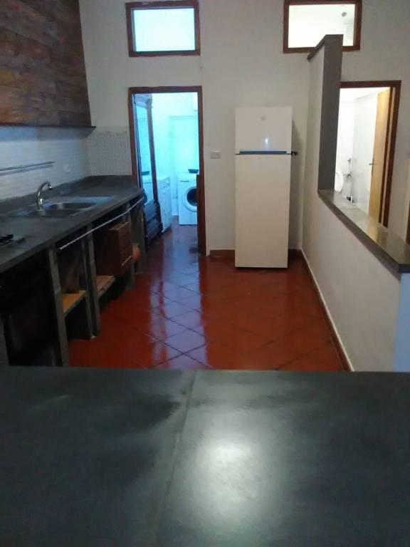 Appartamento in buone condizioni arredato in affitto Rif. 8172462