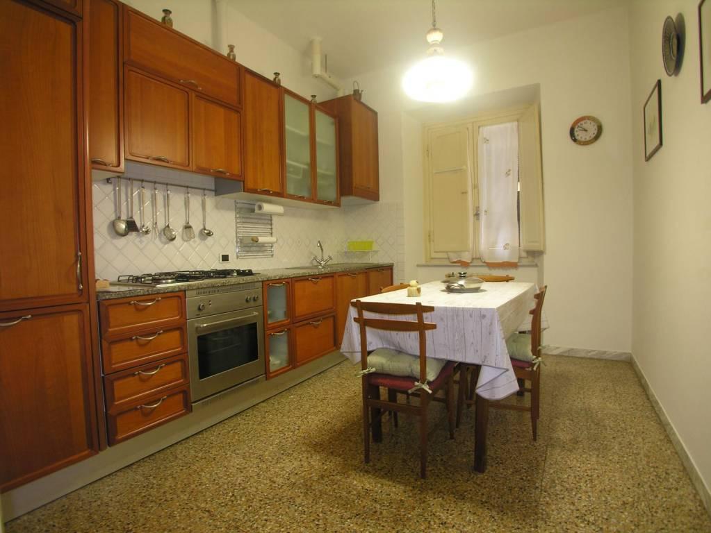 Appartamento in ottime condizioni arredato in affitto Rif. 9257443