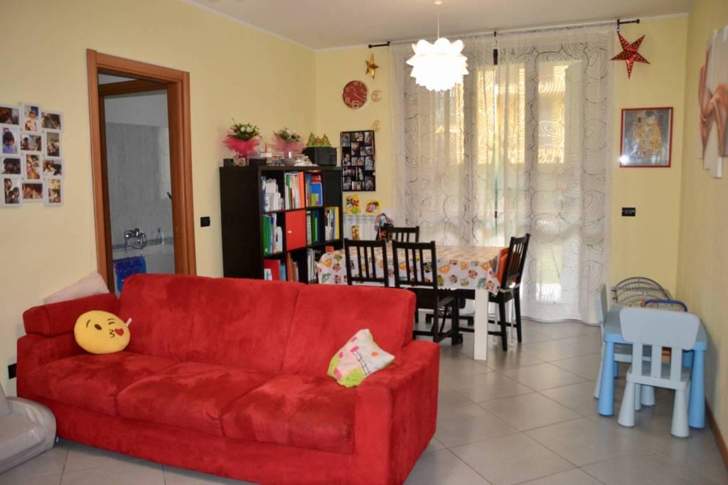 Appartamento in ottime condizioni in vendita Rif. 9026032