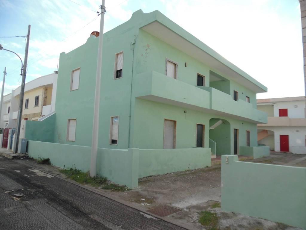 Appartamento da ristrutturare in vendita Rif. 9025755