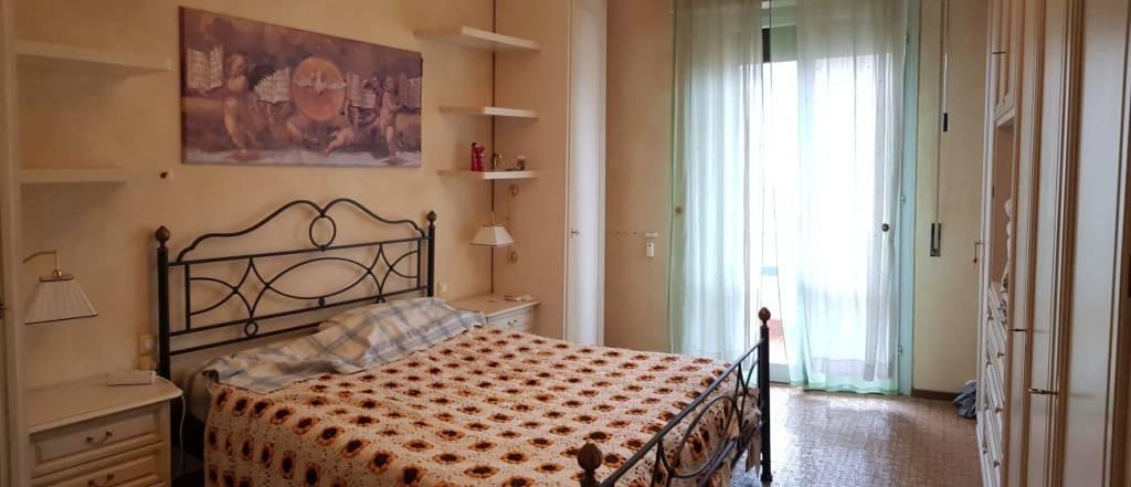 Appartamento in buone condizioni arredato in vendita Rif. 9036064