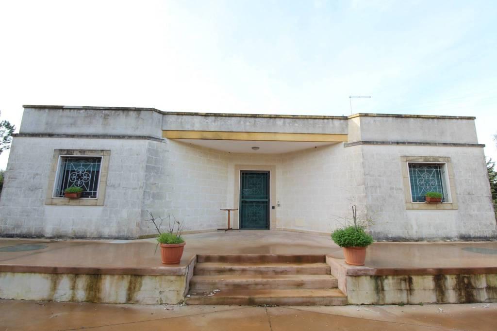 Villa in ottime condizioni arredato in vendita Rif. 9036327