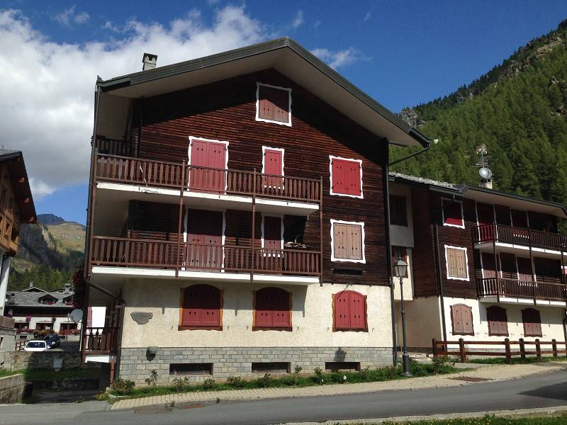 Appartamento in vendita a Gressoney-la-Trinitè, 5 locali, prezzo € 580.000   CambioCasa.it