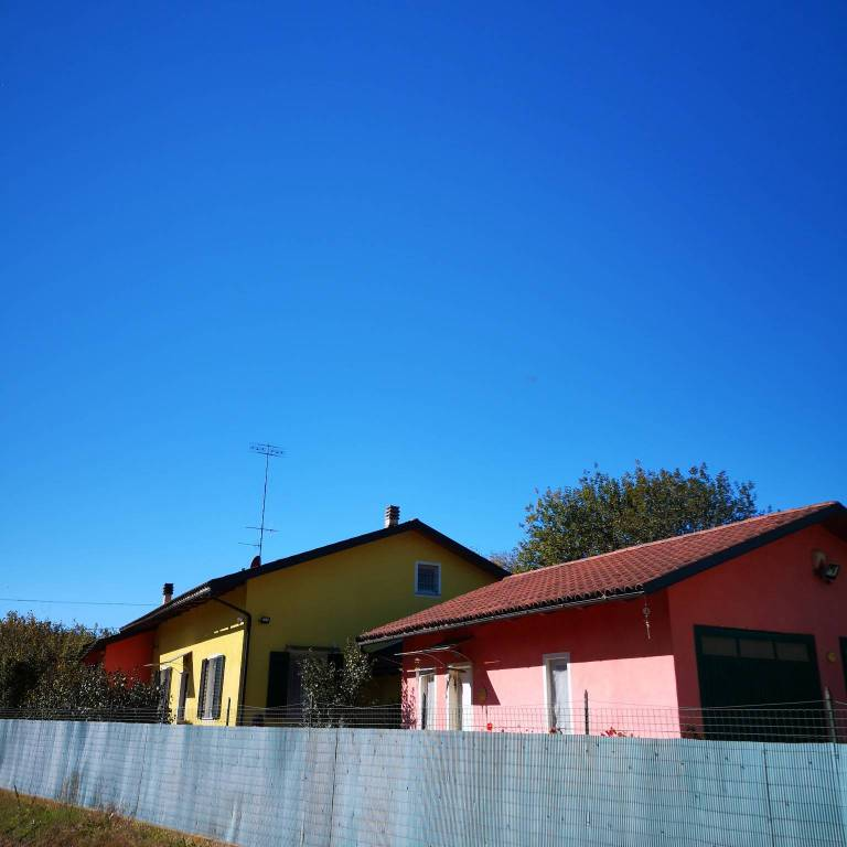 Foto 1 di Villa via Madonna della Neve, Clavesana