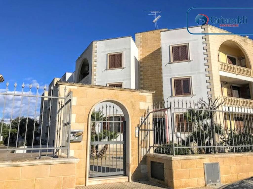 Appartamento in ottime condizioni arredato in affitto Rif. 9046205