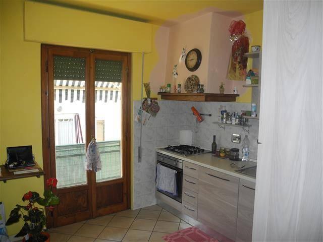 Appartamento in buone condizioni in vendita Rif. 9045582