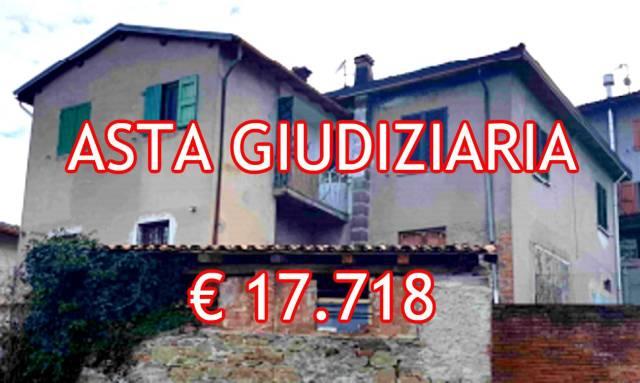 Foto 1 di Quadrilocale Via Del Corso 27, Castiglione Dei Pepoli
