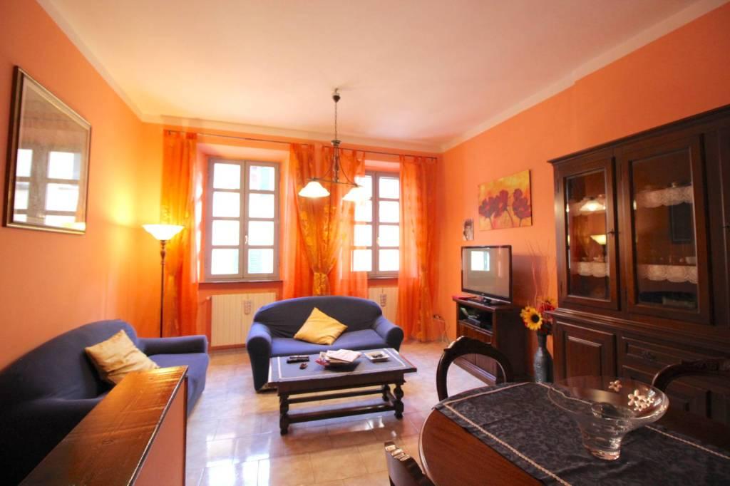 Appartamento in ottime condizioni in vendita Rif. 9044743