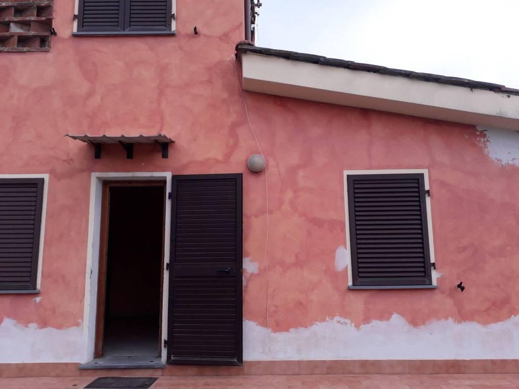 Casa Indipendente in ottime condizioni in vendita Rif. 9052788