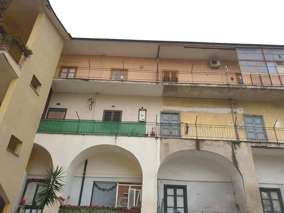 Appartamento da ristrutturare in vendita Rif. 9058861