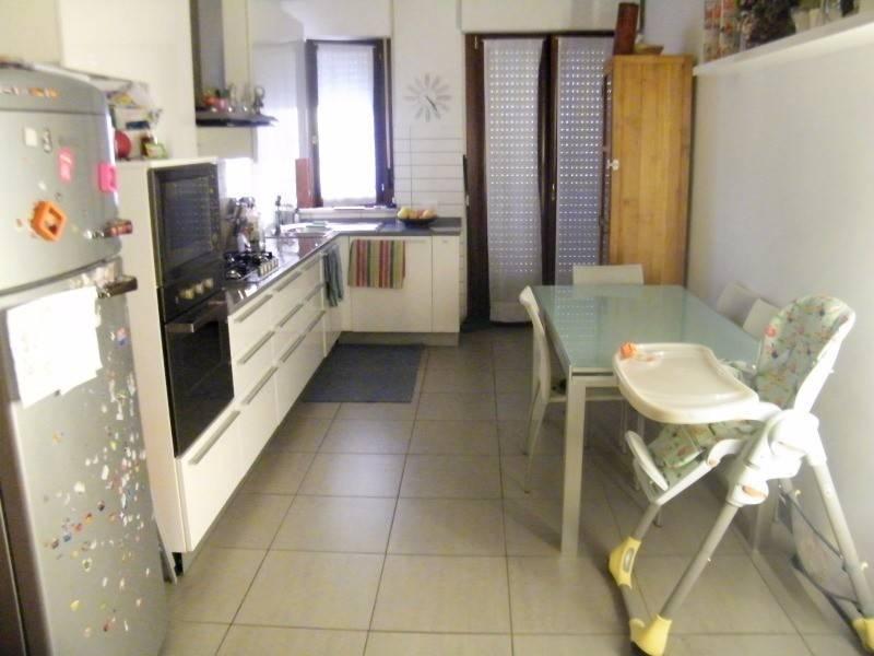 Appartamento in ottime condizioni in vendita Rif. 9058594