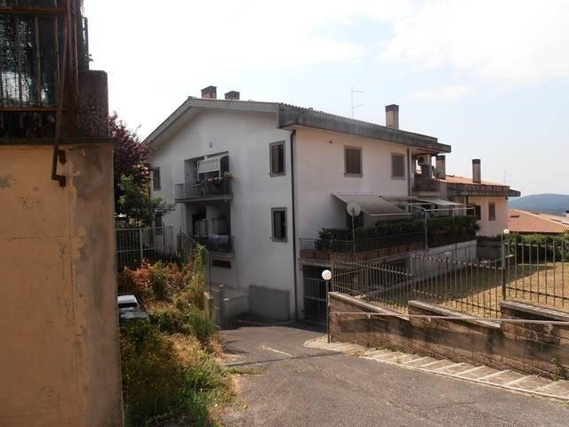 Appartamento in buone condizioni arredato in affitto Rif. 9058753