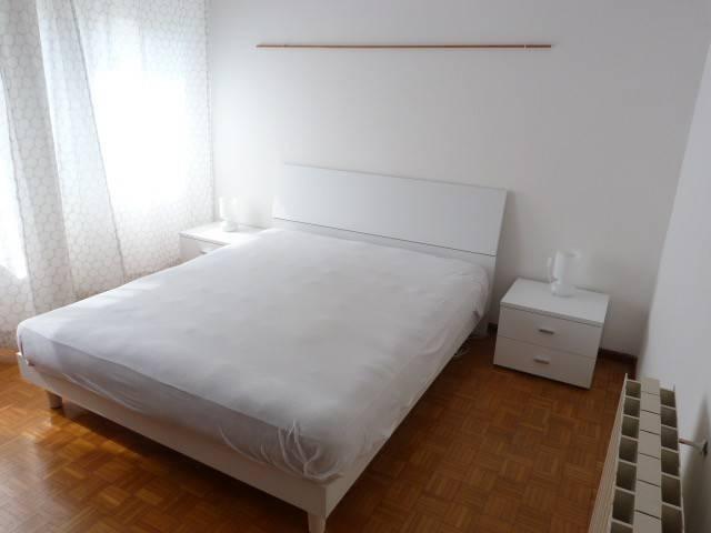 Appartamento in buone condizioni arredato in affitto Rif. 9059062