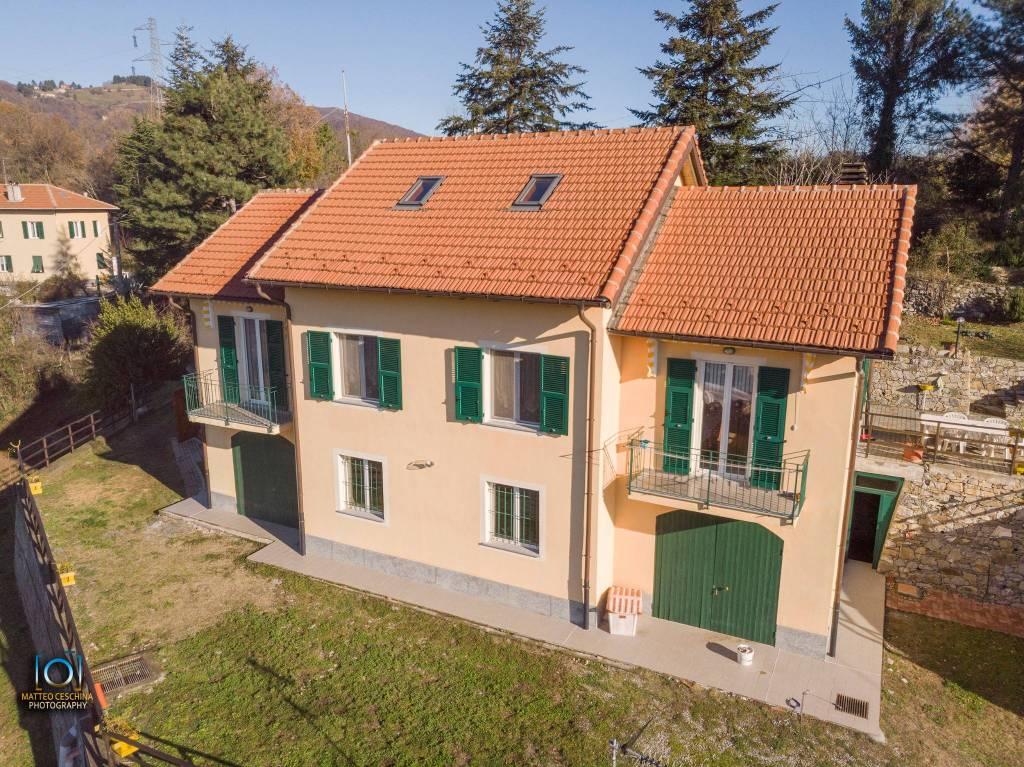 Villa in vendita a Campomorone (GE)
