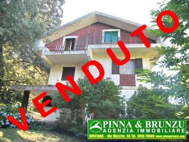 Villa 6 locali in vendita a Santu Lussurgiu (OR)
