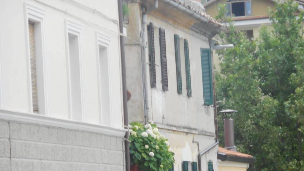Appartamento trilocale in vendita a Jesi (AN)