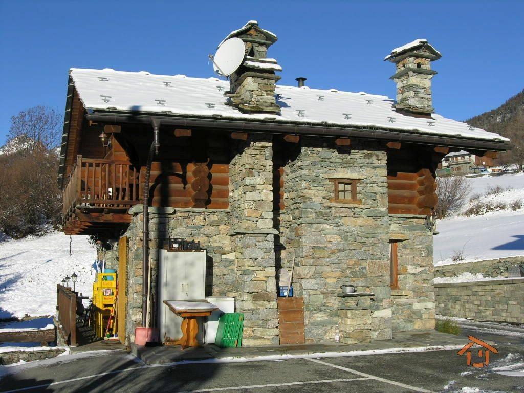 Villa in vendita a Brusson (AO)