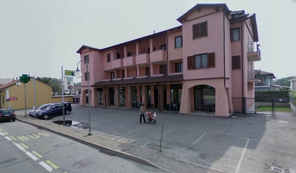 Negozio 6 locali in vendita a Briona (NO)