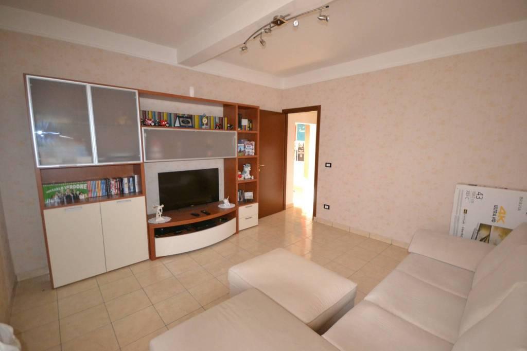 Appartamento in Vendita a San Giovanni In Persiceto Periferia: 4 locali, 90 mq