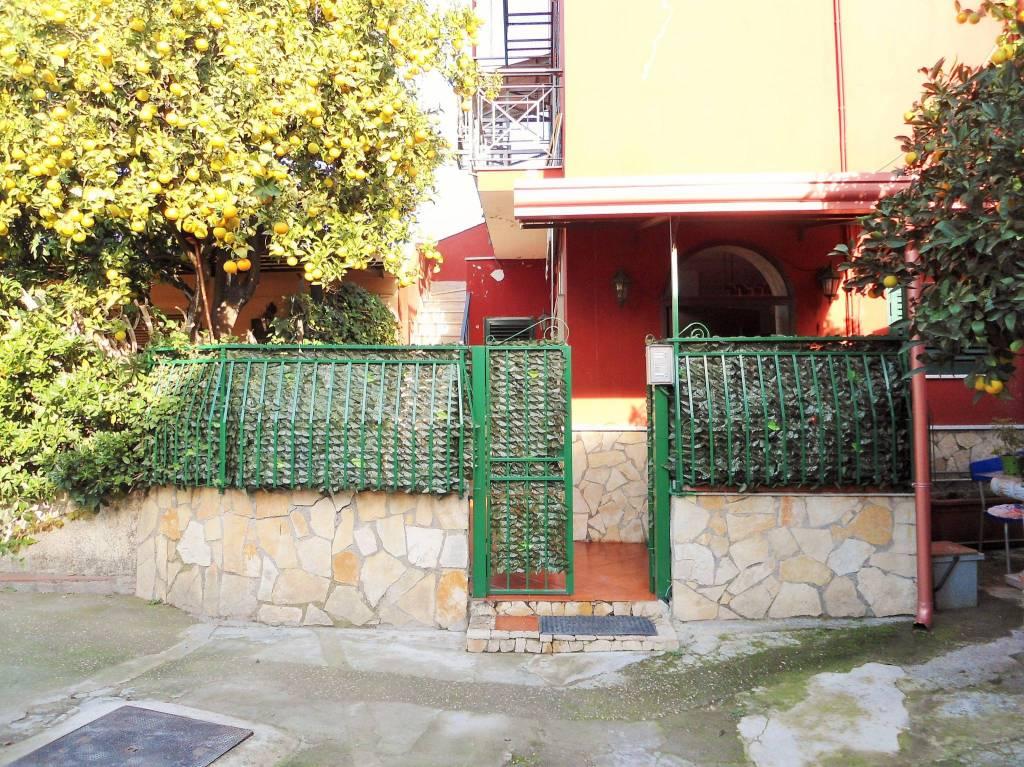 Foto 12 di Villa Napoli