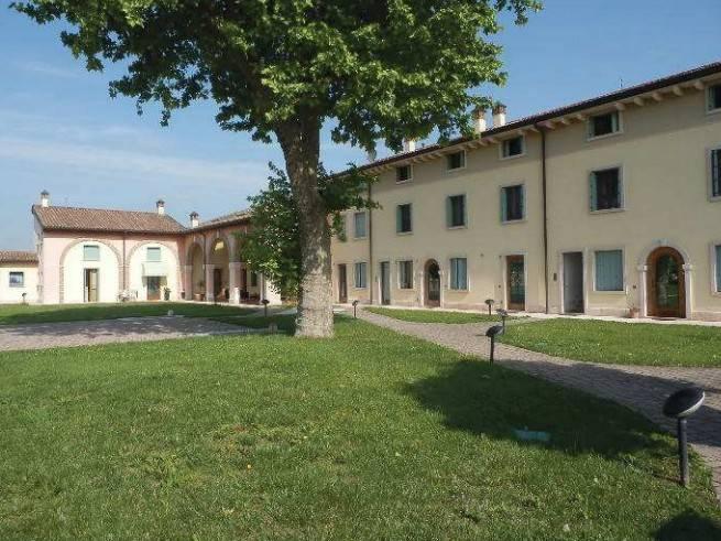 Appartamento trilocale in vendita a Vigasio (VR)