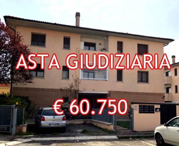Foto 1 di Trilocale Via Santa Teresa Veronesi 24, Sant'agata Bolognese