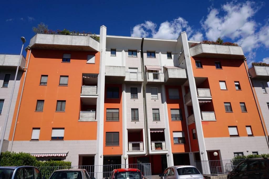 Appartamento in ottime condizioni arredato in affitto Rif. 9141795