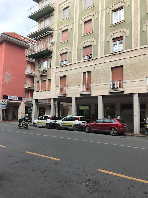 Appartamento in buone condizioni arredato in affitto Rif. 4406852