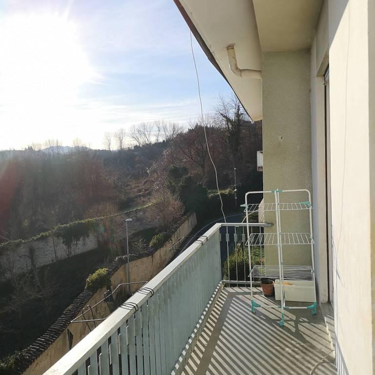 Appartamento in ottime condizioni arredato in vendita Rif. 9097123