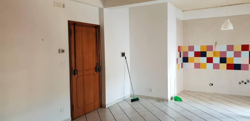 Appartamento in affitto Vuoto in zona semicentrale