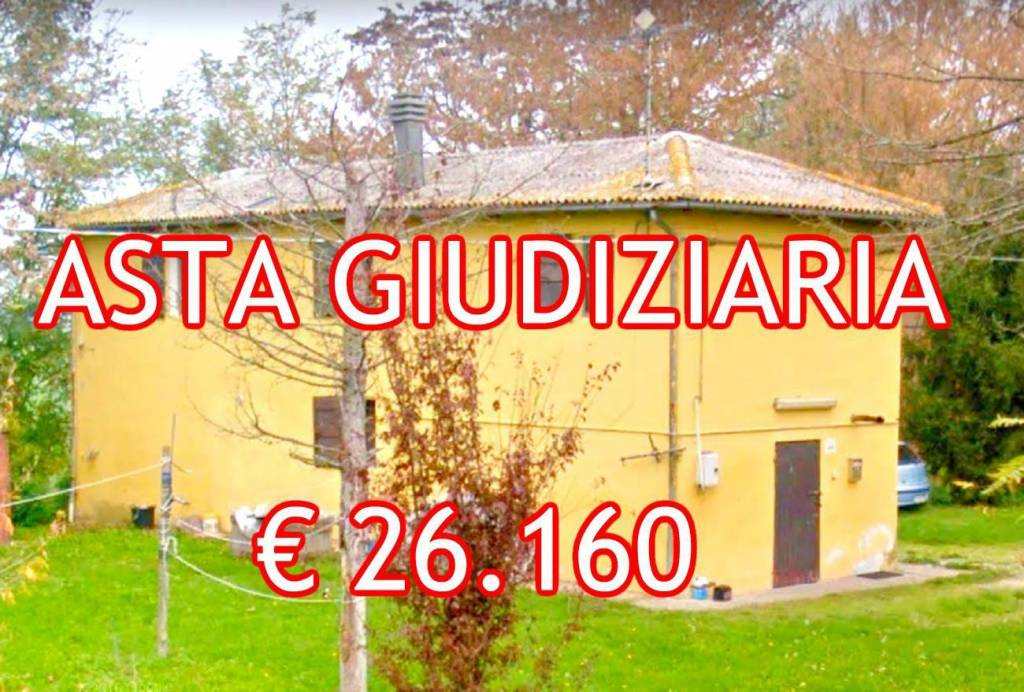 Appartamento in buone condizioni in vendita Rif. 9077185