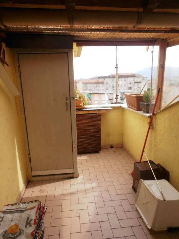 Attico / Mansarda in buone condizioni arredato in affitto Rif. 9086499