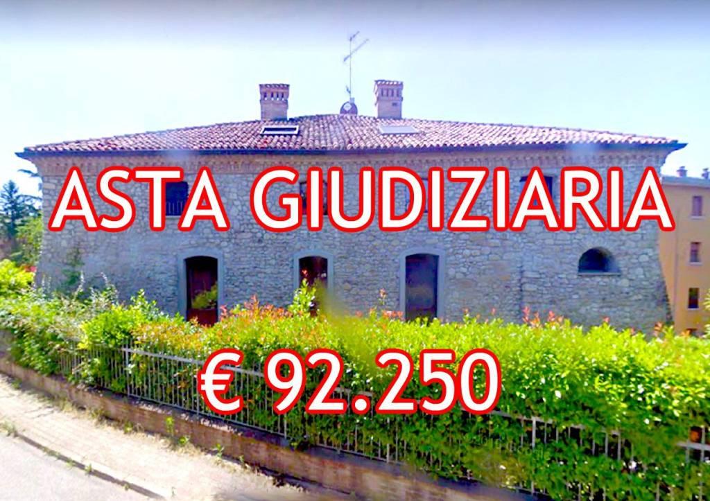 Appartamento in ottime condizioni in vendita Rif. 9086397
