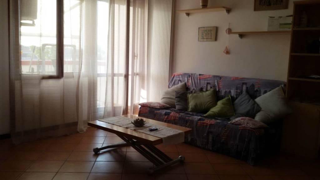 Appartamento in buone condizioni arredato in vendita Rif. 7845294