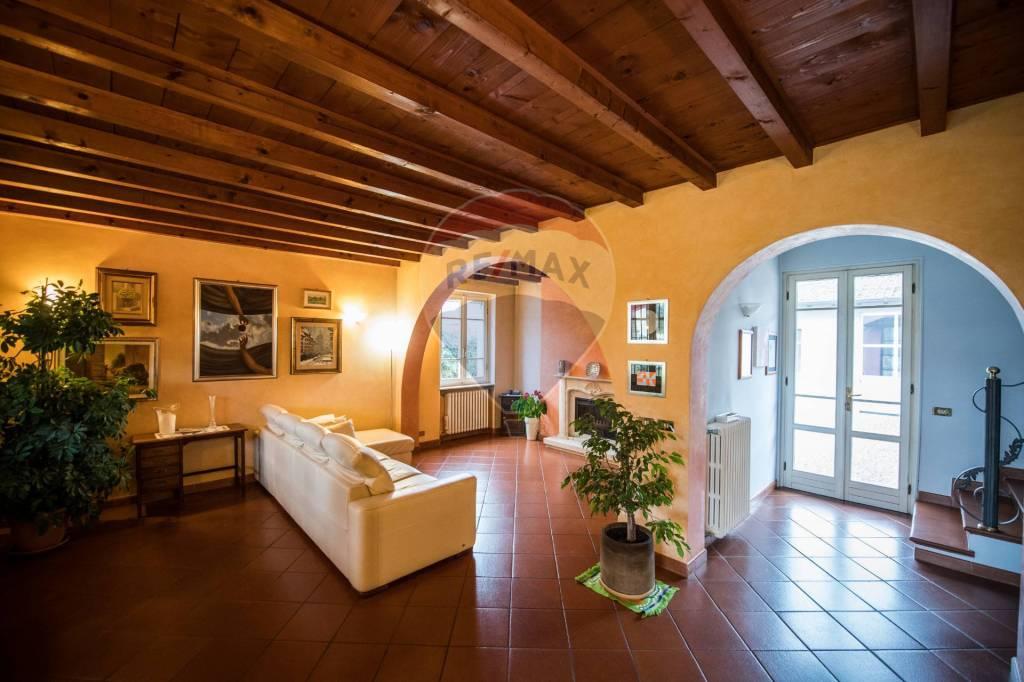 Villa in vendita a Ghedi, 6 locali, prezzo € 370.000   PortaleAgenzieImmobiliari.it