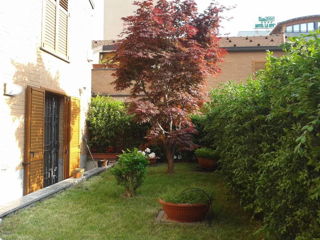 Villetta a schiera in ottime condizioni arredato in vendita Rif. 9085533