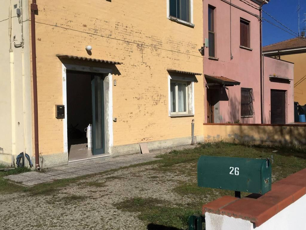 Appartamento in ottime condizioni in vendita Rif. 9086064