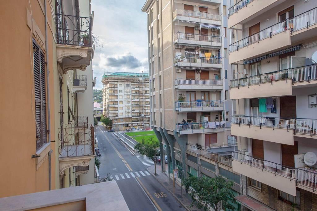 Appartamento in ottime condizioni arredato in vendita Rif. 8573124