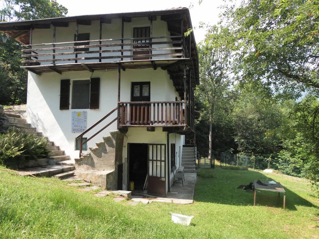 Casa Indipendente in buone condizioni parzialmente arredato in vendita Rif. 9098736