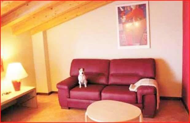 Appartamento in buone condizioni arredato in affitto Rif. 9108793