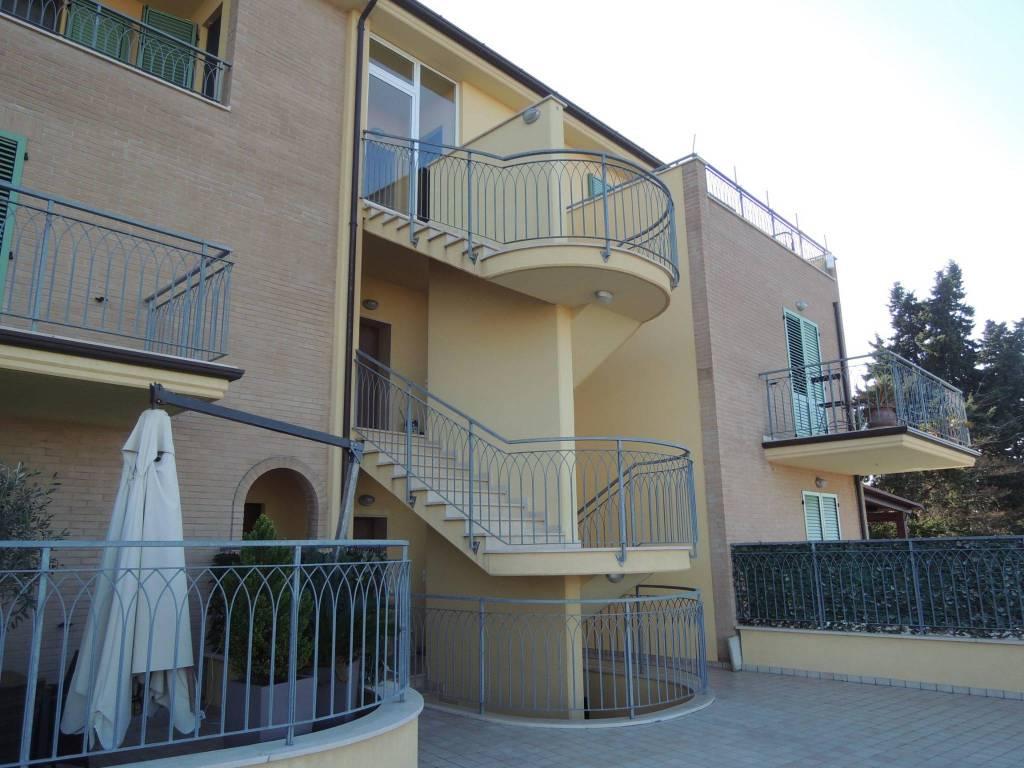 Appartamento in vendita Rif. 9108543