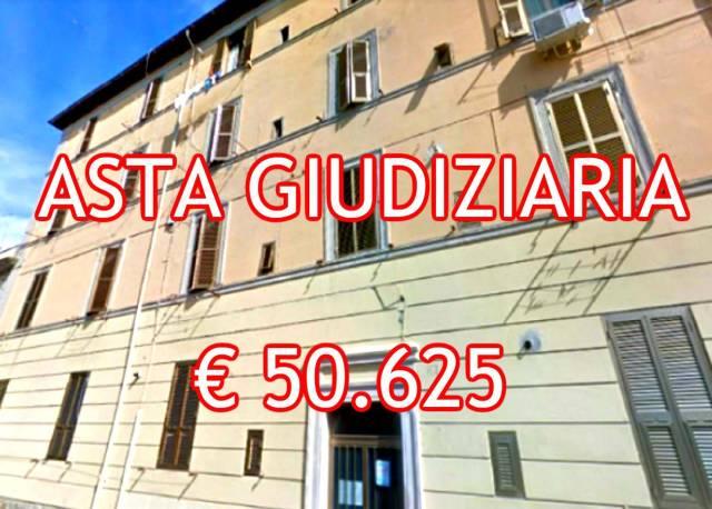 Appartamento in buone condizioni in vendita Rif. 7201363